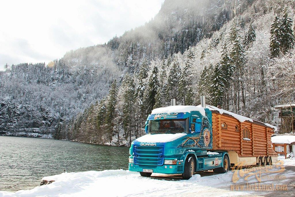 eine blockhaus sauna auf r dern truck of the week 2 miles and styles. Black Bedroom Furniture Sets. Home Design Ideas