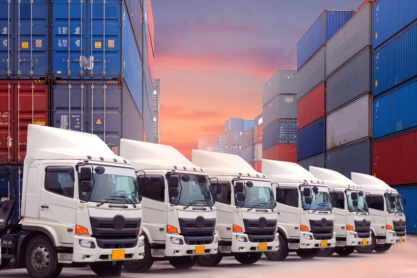 Trucks in China, Foto: Fotolia © BUSARA